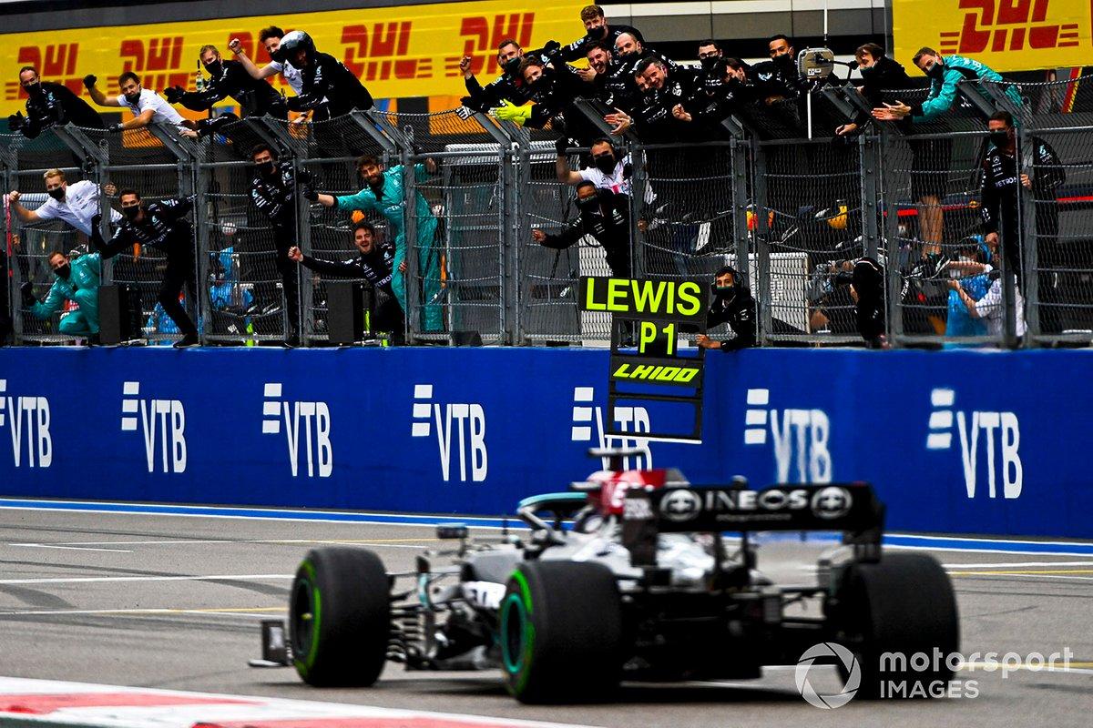 Vincitore della gara Lewis Hamilton, Mercedes W12
