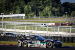 #20 SPS automotive performance Mercedes-AMG GT3: Martin Konrad, Valentin Pierburg, Dominik Baumann