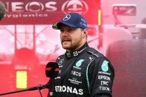 Il vincitore della gara Valtteri Bottas, Mercedes, 1a posizione