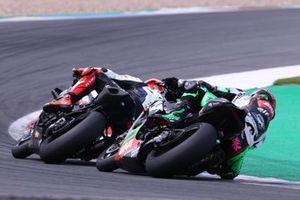 Tom Sykes, BMW Motorrad WorldSBK Team, Lucas Mahias, Kawasaki Puccetti Racing