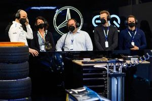 Guests in the Mercedes Benz EQ garage
