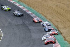 Renn-Action der GT-World-Challenge Sprint 2021 in Brands Hatch