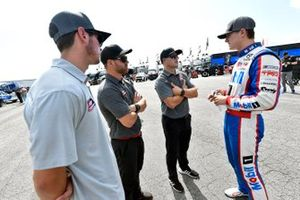 Todd Gilliland, Kyle Busch Motorsports, Toyota Tundra Mobil 1 and David Gilliland