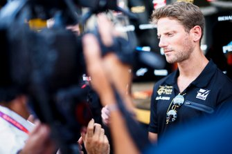Romain Grosjean, Haas F1 talks to the media