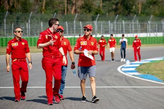 Sebastian Vettel, Ferrari tijdens de track walk