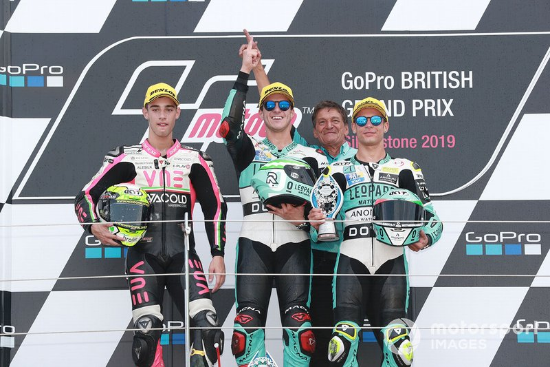 Podium : le vainqueur Marcos Ramirez, Leopard Racing, le deuxième, Tony Arbolino, Team O, le troisième, Lorenzo Dalla Porta, Leopard Racing