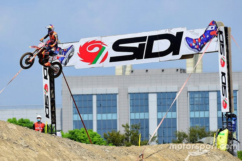 Jorge Prado gana en Shanghai