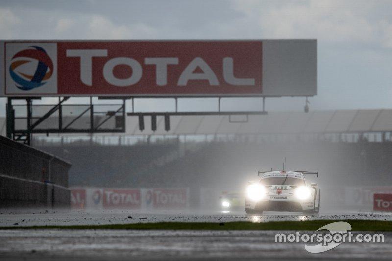 #91 PORSCHE GT TEAM - Porsche 911 RSR - 19: Gianmaria Bruni, Richard Lietz Race