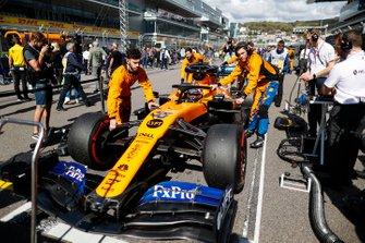 Carlos Sainz Jr., McLaren,op de grid