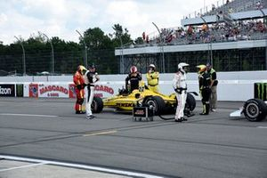 Simon Pagenaud, Team Penske Chevrolet gets restarted after the delay for a multi-car accident on lap 4