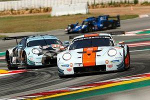 #86 Gulf Racing Porsche 911 RSR: Michael Wainwright, Benjamin Barker, Nico Bastian, Andrew Watson