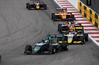 Бент Вискал, HWA RACELAB, и Е Ифэй, Hitech Grand Prix