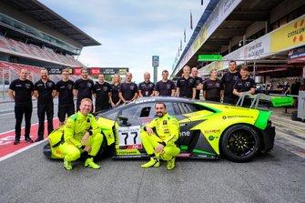 #77 Barwell Motorsport Lamborghini Huracan GT3 Evo: Miguel Ramos, Adrian Amstutz, Leo Matchiski