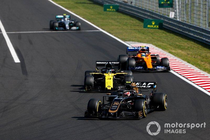 Kevin Magnussen, Haas F1 Team VF-19, Daniel Ricciardo, Renault F1 Team R.S.19, Lando Norris, McLaren MCL34, Y Valtteri Bottas, Mercedes AMG W10