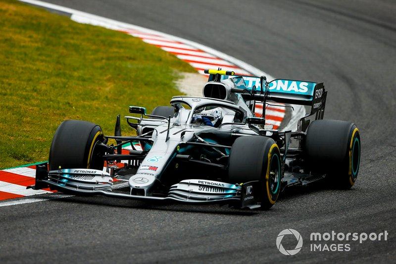 1º Valtteri Bottas, Mercedes AMG W10 (1:27.785)