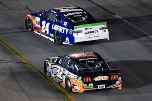 William Byron, Hendrick Motorsports, Chevrolet Camaro Liberty University, Corey LaJoie, Go FAS Racing, Ford Mustang CorvetteParts.net