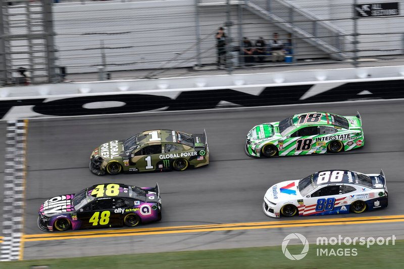 Jimmie Johnson, Hendrick Motorsports, Chevrolet Camaro Ally, Kurt Busch, Chip Ganassi Racing, Chevrolet Camaro Global Poker, Kyle Busch, Joe Gibbs Racing, Toyota Camry Interstate Batteries, Alex Bowman, Hendrick Motorsports, Chevrolet Camaro Valvoline Patriotic