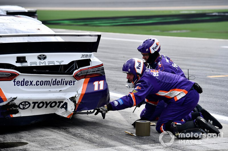 Denny Hamlin, Joe Gibbs Racing, Toyota Camry FedEx Office