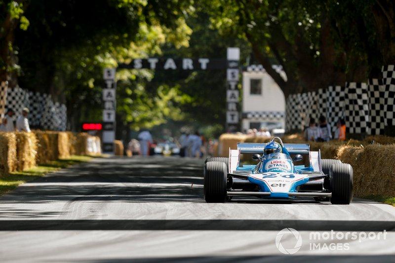 Ligier-Cosworth JS11