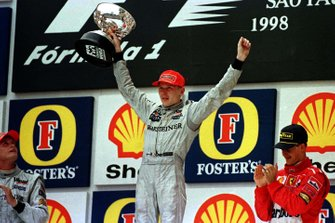 Mika Hakkinen, McLaren, David Coulthard, McLaren, Michael Schumacher, Ferrari