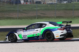 #222 Maserati Gran Turismo MC GT4, V-Action Racing Team: Pajuranta-Becagli-Bernazzani