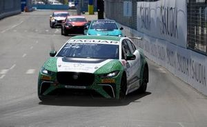 Ahmed Bin Khanen, Saudi Racing Mark Hacking, Jaguar VIP car
