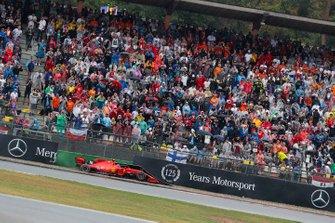 Вылет с трассы: Шарль Леклер, Ferrari SF90