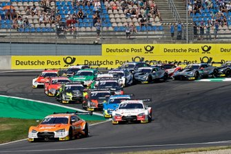 Start der DTM 2019 auf dem Lausitzring: Jamie Green, Audi Sport Team Rosberg, Audi RS 5 DTM, führt