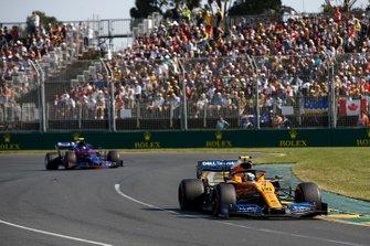 Ландо Норрис, McLaren MCL34, Александр Элбон, Toro Rosso STR14