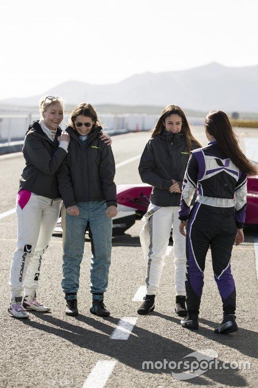 Emma Kimilainen, Megan Gilkes, Marta Garcia