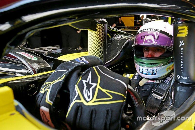 Il casco per i test di Daniel Ricciardo, Renault F1 Team