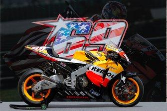 Bike of Nicky Hayden, Repsol Honda Team