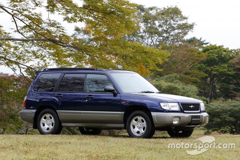 Subaru Forester першої генерації, роки виробництва: 1997–2002.
