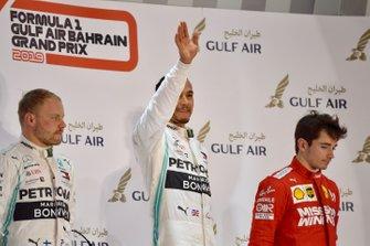 Podyum: 2. Valtteri Bottas, Mercedes AMG F1, Yarış galibi Lewis Hamilton, Mercedes AMG F1, 3. Charles Leclerc, Ferrari