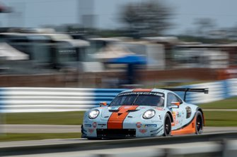 #86 Gulf Racing Porsche 911 RSR: Michael Wainwright, Ben Barker, Thomas Preining
