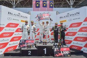 Race 2 podium GT4 celebrations