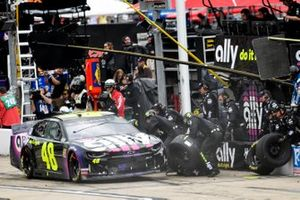 Jimmie Johnson, Hendrick Motorsports, Chevrolet Camaro Ally, makes a pit stop