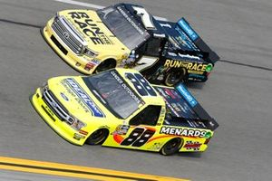 Matt Crafton, ThorSport Racing, Ford F-150 Korbin Forrister, All Out Motorsports, Toyota Tundra