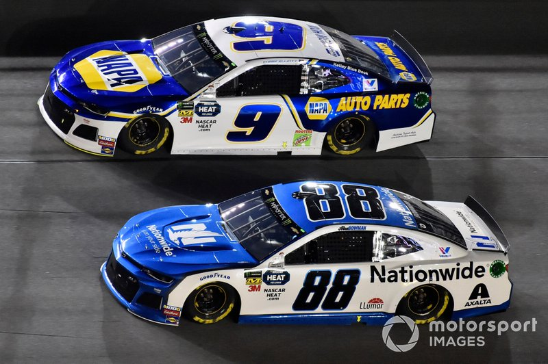 Alex Bowman, Hendrick Motorsports, Chevrolet Camaro Nationwide and Chase Elliott, Hendrick Motorsports, Chevrolet Camaro NAPA AUTO PARTS