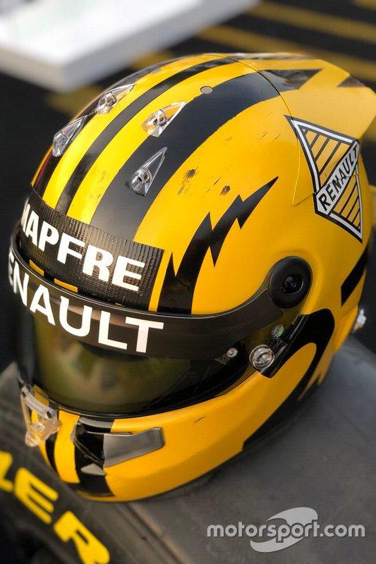 Nico Hulkenberg'in kask tasarımı, Renault F1 Team