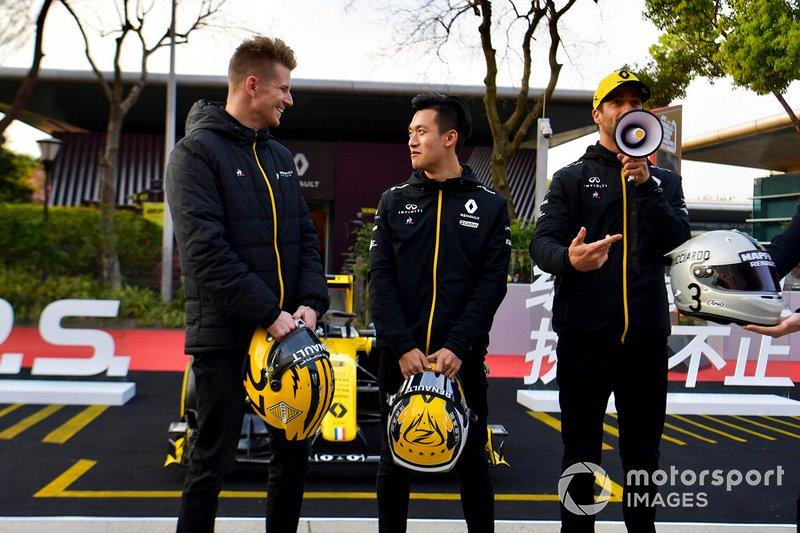 Nico Hulkenberg, Renault F1 Team, Guanya Zhou et Daniel Ricciardo, Renault F1 Team