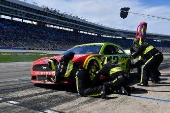 Ryan Blaney, Team Penske, Ford Mustang Menards/Cardell Cabinetry
