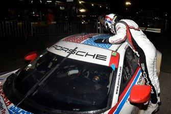 #911 Porsche GT Team Porsche 911 RSR, GTLM: Nick Tandy celebrates the win in victory lane