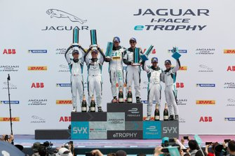 Pro, Pro-Am podium finishers: winners Cacá Bueno, Jaguar Brazil Racing, Bandar Alesayi, Saudi Racing, second-placed Yaqi Zhang, Team China, Simon Evans, Team Asia New Zealand, third-placed Ahmed Bin Khanen, Saudi Racing, Bryan Sellers, Rahal Letterman Lanigan Racing