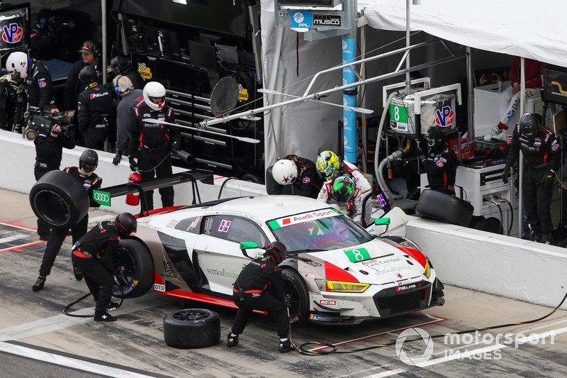 #8 Starworks Motorsport Audi R8 LMS GT3, GTD: Parker Chase, Ryan Dalziel, Ezequiel Perez Companc, Chris Haase, Pit Stop
