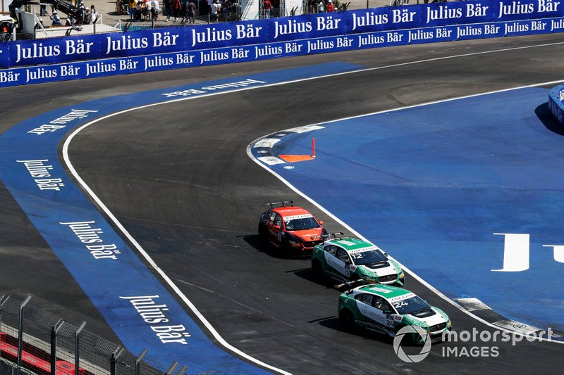 Ahmed Bin Khanen, Saudi Racing Bandar Alesayi, Saudi Racing, Célia Martin, Viessman Jaguar eTROPHY Team Germany
