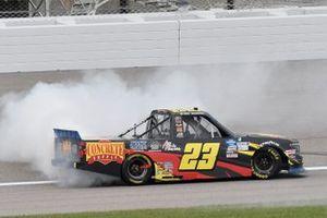 Race winner Brett Moffitt, GMS Racing, Chevrolet Silverado