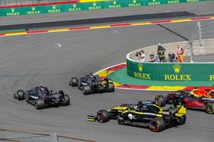 Lewis Hamilton, Mercedes F1 W11, Valtteri Bottas, Mercedes F1 W11, Daniel Ricciardo, Renault F1 Team R.S.20, Max Verstappen, Red Bull Racing RB16, primera curva