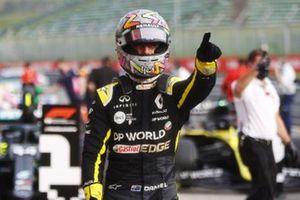 Daniel Ricciardo, Renault F1, 3rd position, in Parc Ferme