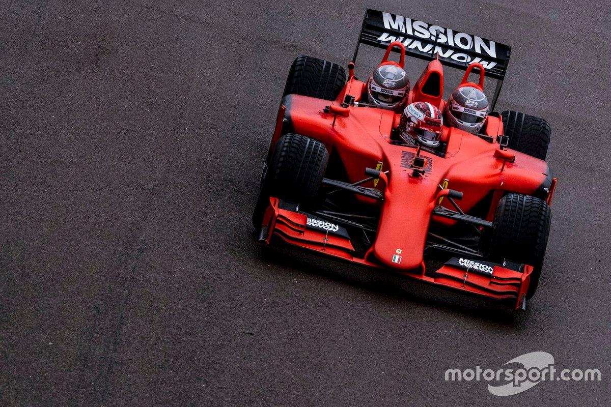Charles Leclerc, Scuderia Ferrari, in pista con la Ferrari F1 3-Seater